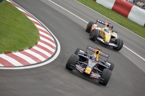 Alonso Chasing Coulthard