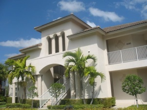 Florida home. Source: http://commons.wikimedia.org/wiki/File:Florida_rich.jpg