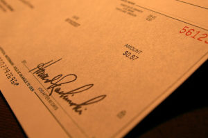 5 Practical Reasons Why Businesses Need to Print Their Own Checks