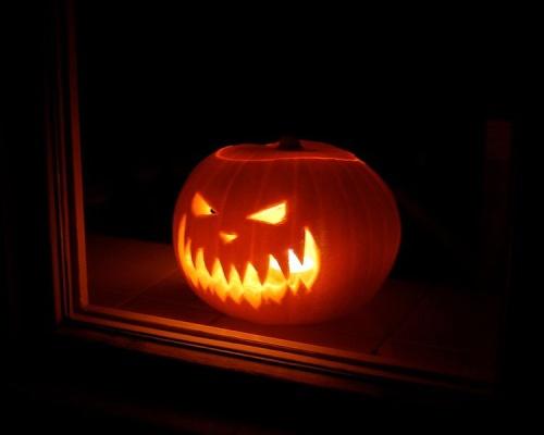 Jack-o'-lantern. Source: http://commons.wikimedia.org/wiki/File:Lit_Jack-o'-lantern_glowing_menacingly.jpg