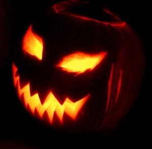 Jack-o'-Lantern. Source: http://commons.wikimedia.org/wiki/File:Jack-o'-Lantern_2003-10-31.jpg