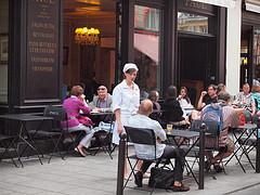 The #1 Reason Why European Waitresses Love Americans