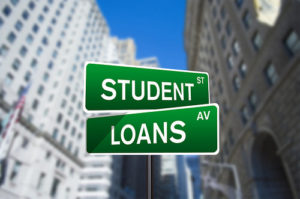 How to Time Your Student Loan Payback